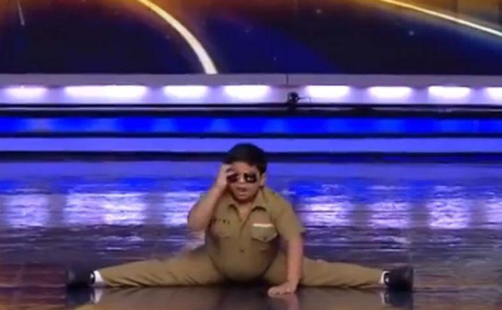 Facebook indio bailando