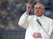 El papa Francisco bendice a los fieles durante la audiencia general el pasado miércoles. EFE