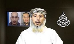 Naser bin Alí al Ansi y los hermanos Kouachi detrás