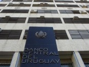 El Banco Central prohibió a Consorcio a referirse a un competidor. Foto: archivo El País